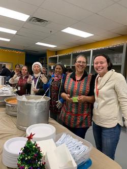 Serving migrants food