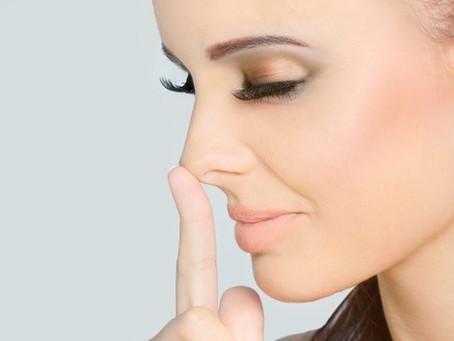 Manejo de la hinchazón en la nariz después de la rinoplastia