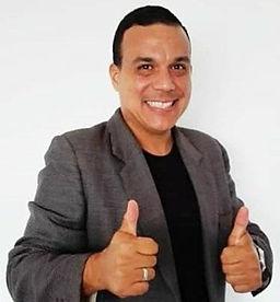 Felipe Herrera editado.jpg