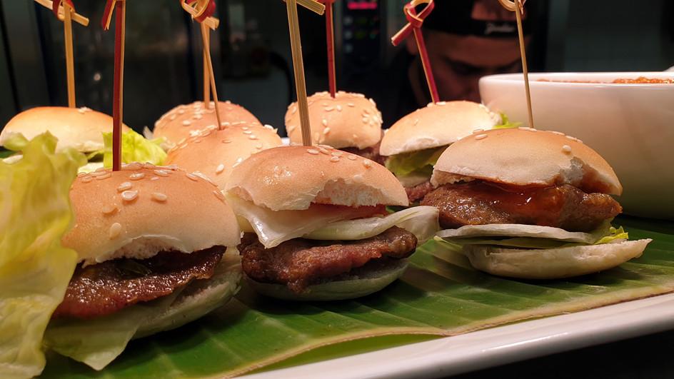 Mini Burger 2.jpg