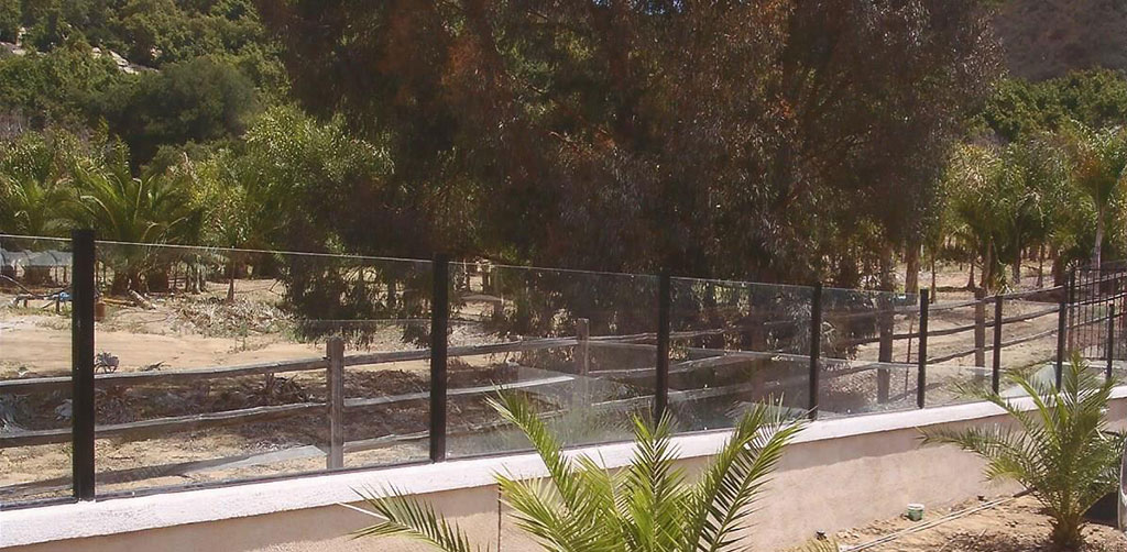 Glass Fence on Wall
