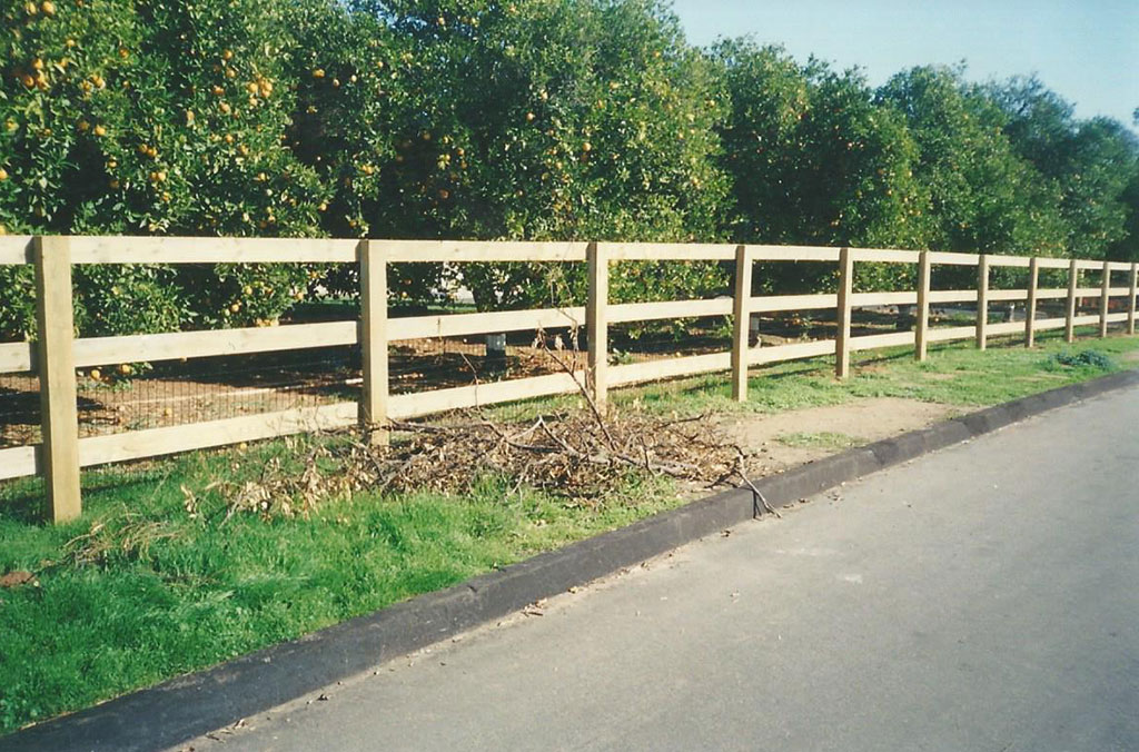 Ranc Rail Wood Fence