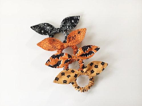 Halloween scrunchie with bow knot,Ponytail holder,Scrunchy,Scrunchie holder