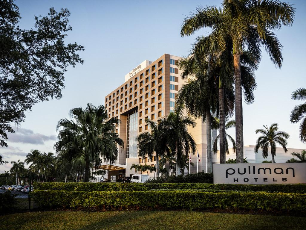 Pullman pic 1
