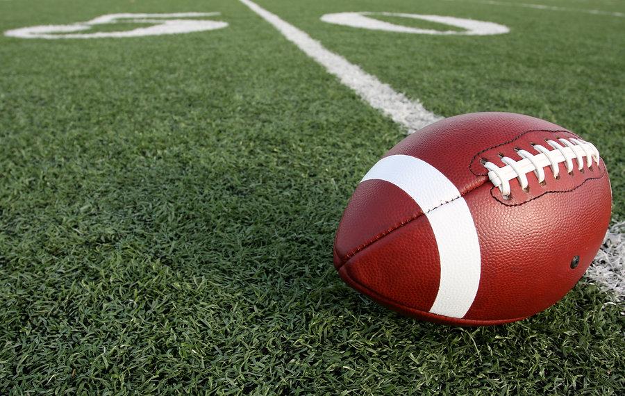 American Football with the Fifty Yard Li
