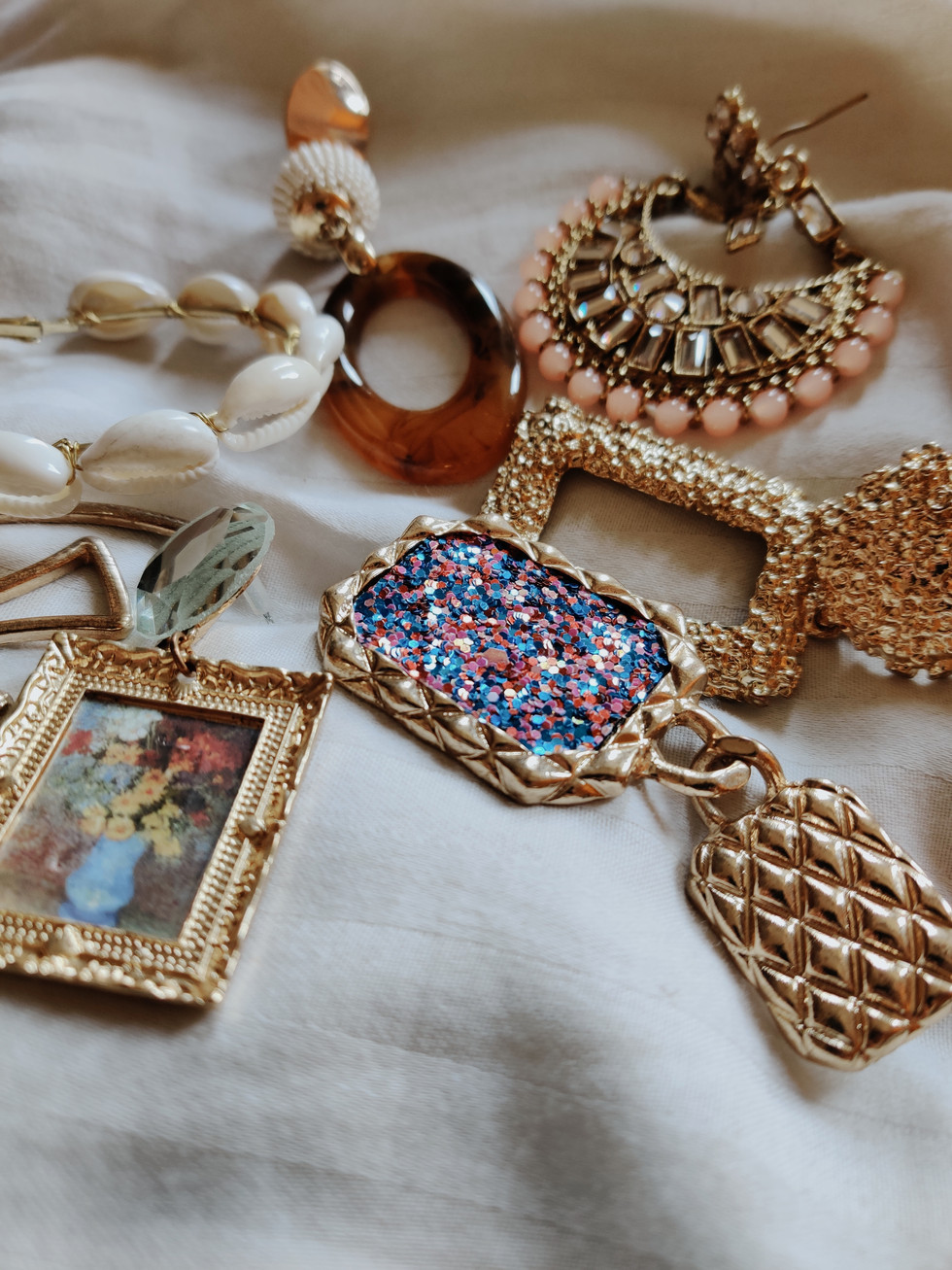 My Jewelry Box - Earrings Edition (Current Faves)