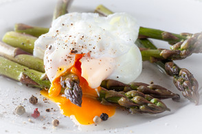 Poached Egg and Baby Asparagus