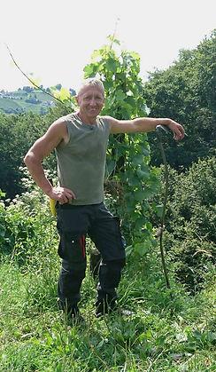 Karl Schnabel im Weingarten
