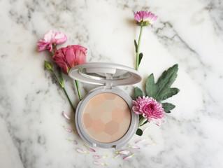 PEARLESSENCE Compact Face Powder - SPF Mineral Powder (Gaia)