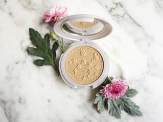 PEARLESSENCE - Compact Face Powder - SPF Sensitive Powder - Lacey Sensitive (Fair)