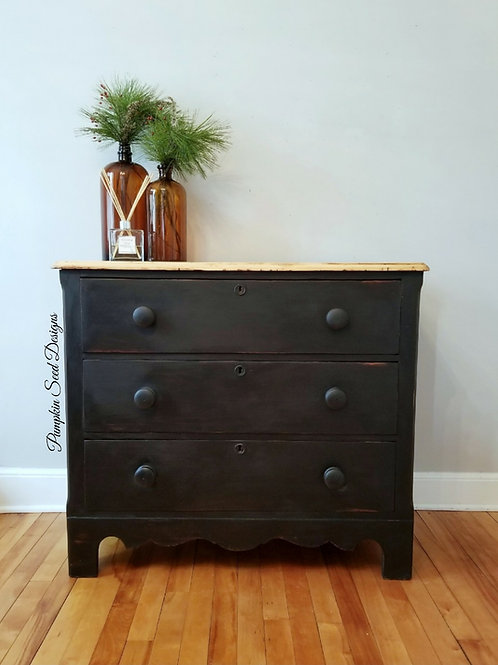 Black Pine Dresser