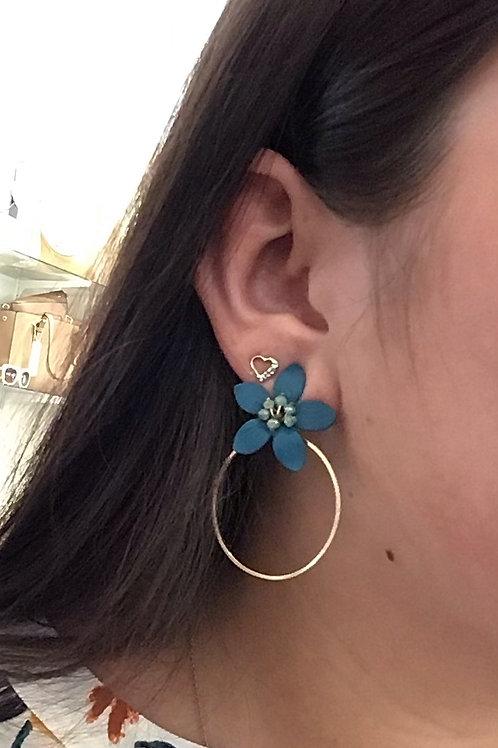 Flower w/ Hoop Earrings