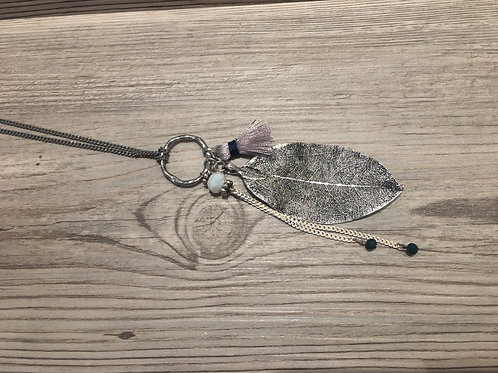 Leaf Pendant Chain Necklace