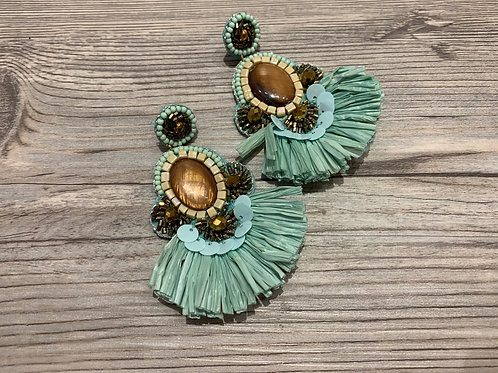 Raffia Tassel & Shell Earring