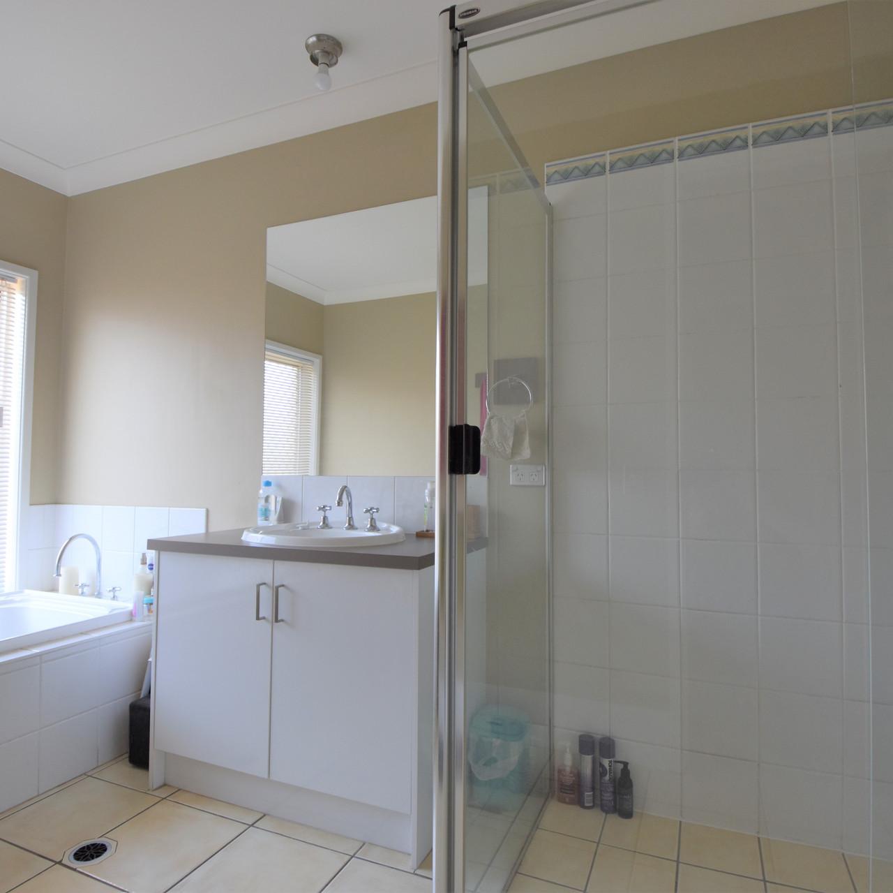Bathroom 3 - Ed