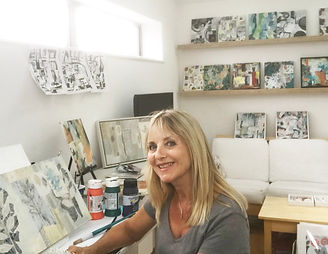 Sue Johnson artist in her Uppingham studio where a studio vist could be arranged to buy paintings, limited edition prints and cards for sale in Uppingham R,utland