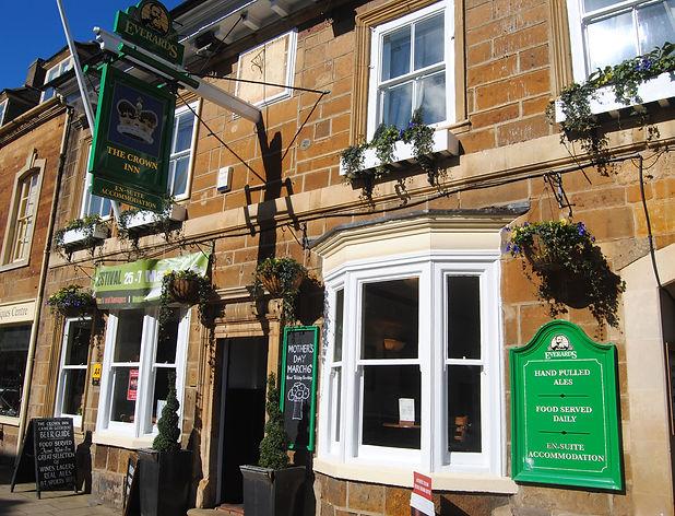 Uppingham pub  (4).JPG