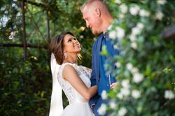 bride and groom natural wedding photo