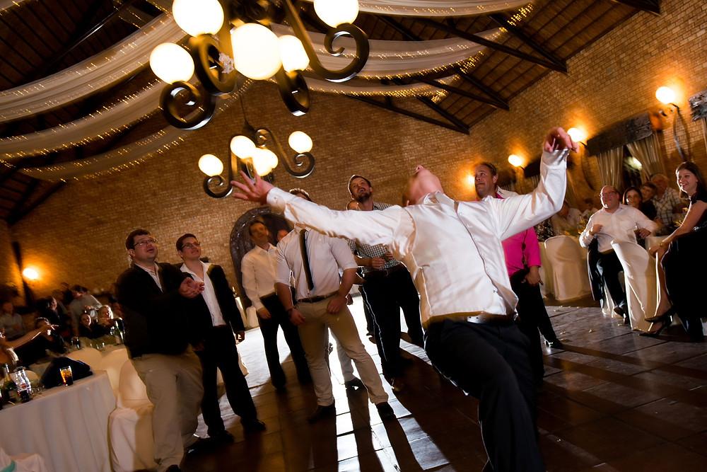 wedding garter toss photos