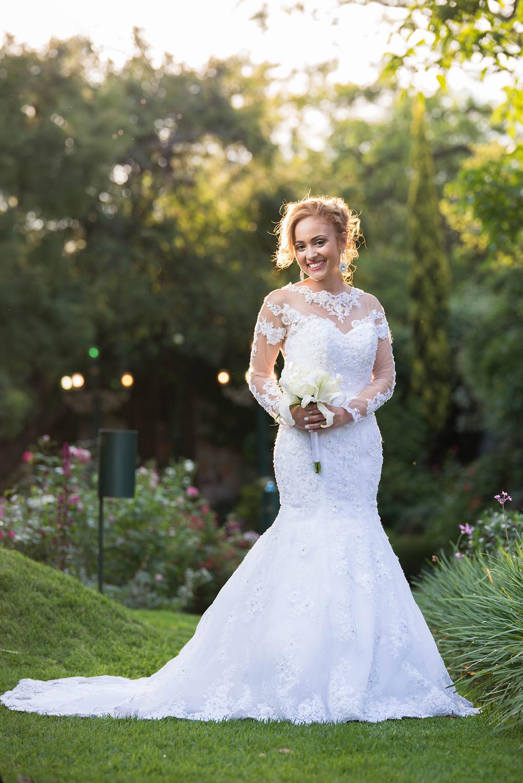 white lace long sleeve wedding dress