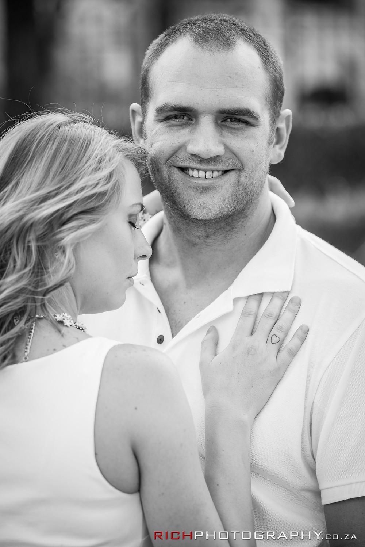 black and white pre wedding photos