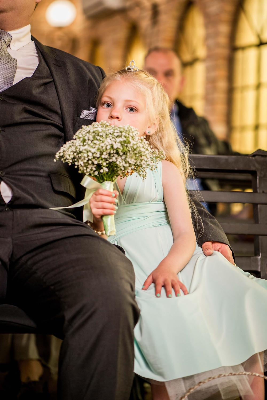 flower girl wedding moments