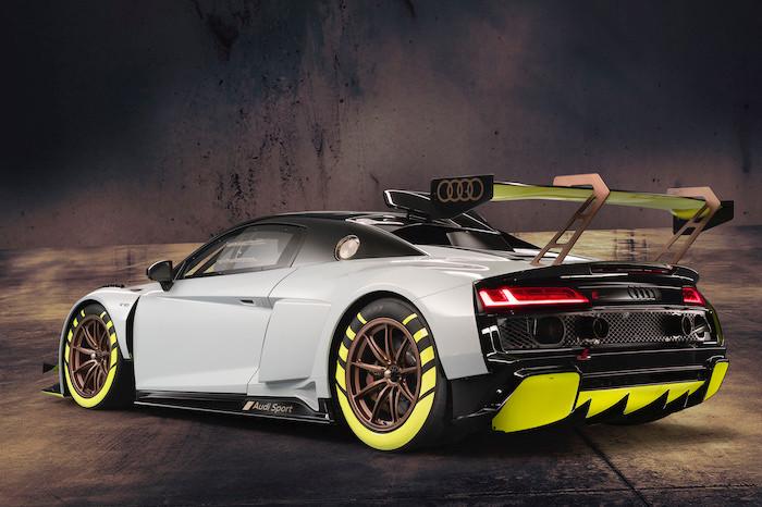 アウディR8 LMS GT2、カスタマーへのデリバリー開始。