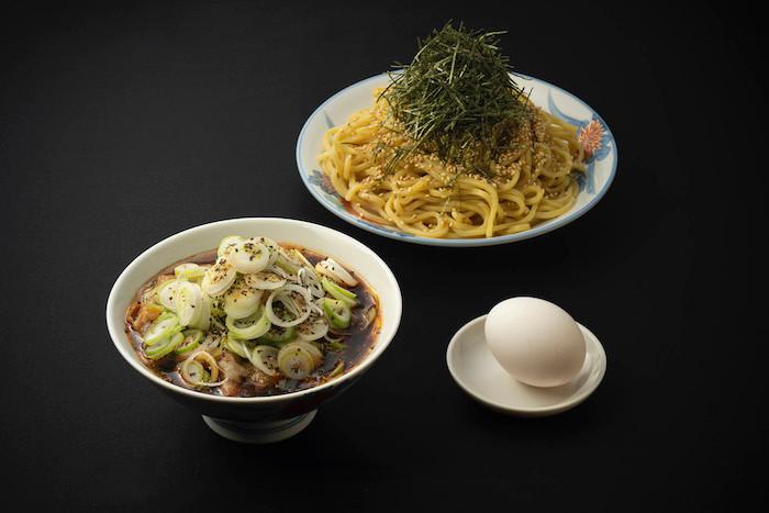 """メルセデス・ベンツと港屋が""""Minatoya 3""""をオープン。『メルセデスのために新設計された肉そば』を提供。"""
