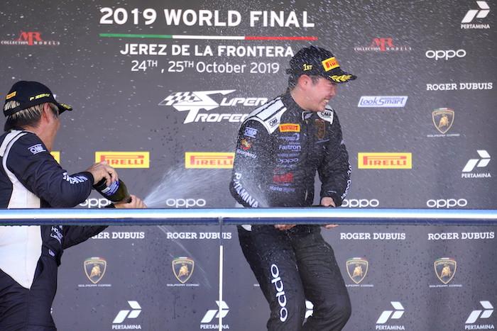 """ランボルギーニ・スーパートロフェオ・アジア それぞれの最終戦④ Race2 VSRの""""プロとアマ""""の勝利"""