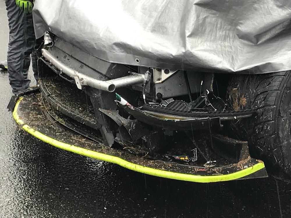 D'station Vantage GT3 クラッシュ 岡山国際サーキット SUPERGT 2019 開幕戦