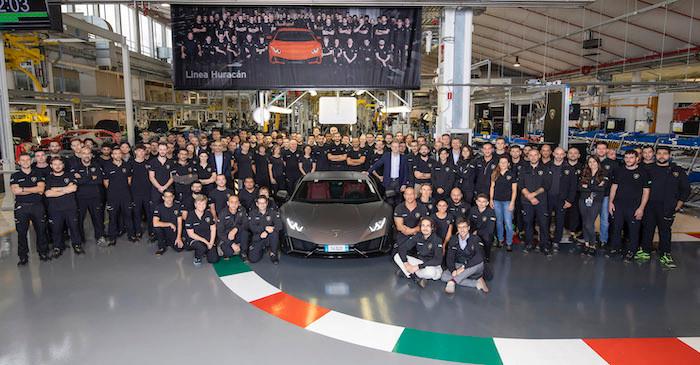 ランボルギーニ・ウラカン、10年間販売したガヤルドの生産を5年で上回る。