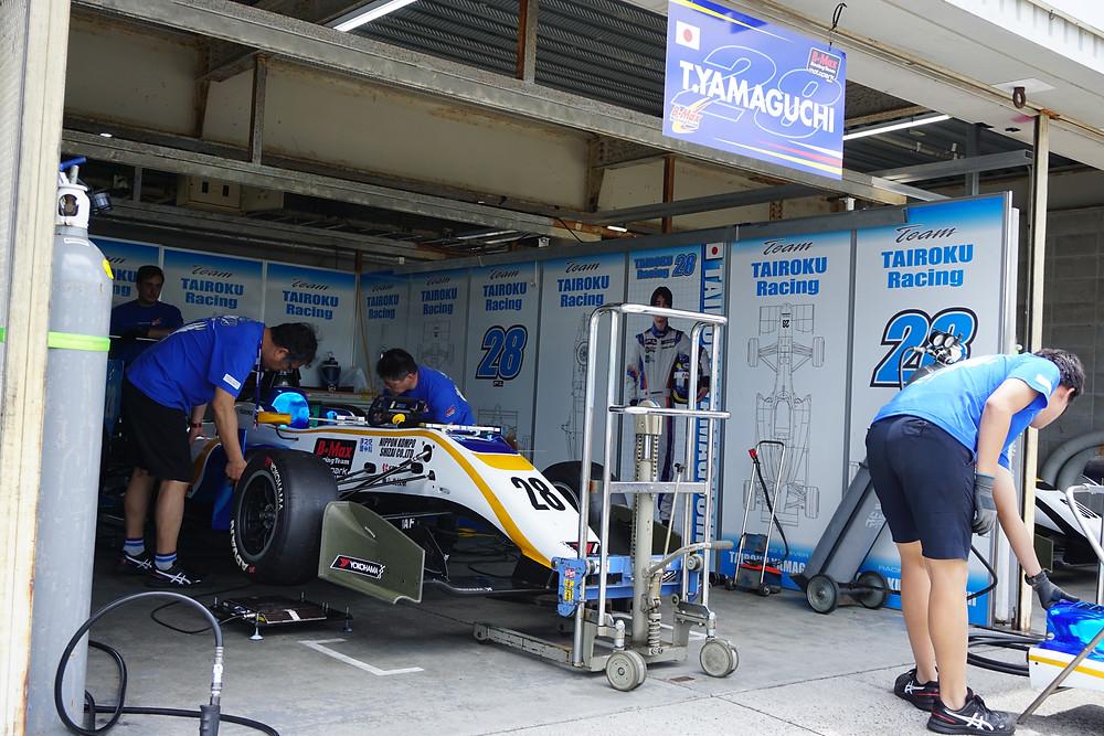 山口大陸/タイロクレーシング 28号 TAIROKU Racing