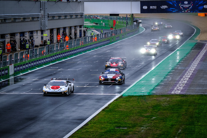 チーム日本 優勝!! メインレース優勝に望みを繋ぐ!! FIA Motorsport Games 2019 GT Cup Race2