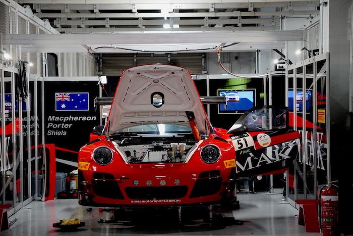 AMAC Motorsport アンドリュー・マクファーソン IMAK