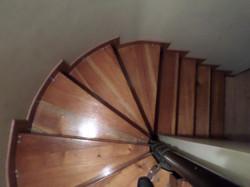Escaleras madera  pulir sellar y lac