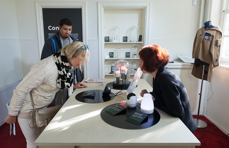 vpro-medialab---home-smart-home-exhibiti