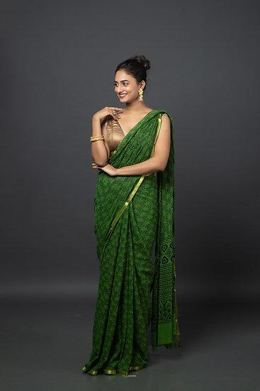 Solid Green Chiffon Saree