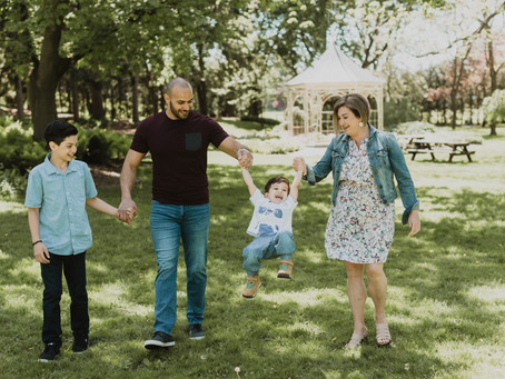 THE ALSHAREDS, the expat family