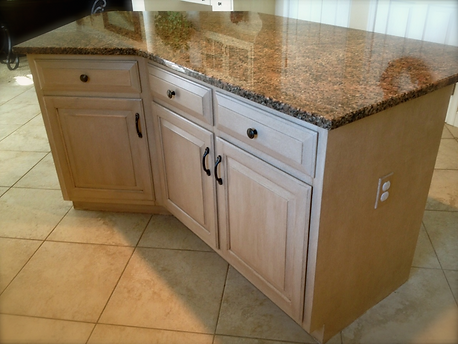 East Hempfield, PA | Kitchen island with custom painteded finish