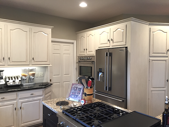 East Hempfield, PA | Kitchen cabinet painting & refinishing service