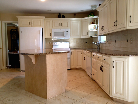 East Hempfield, PA | Kitchen cabinet refinishing with faux finish