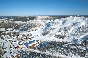Ruka_Ski_Resort_and_Ski_Chalets_aerial.j