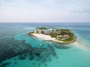 Travelixir Private Island.jpg