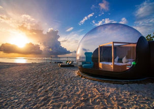 Beach-Bubble-Tent-1-850x600.jpg