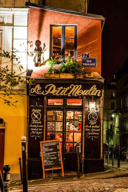 Paris 18eme 1h le matin