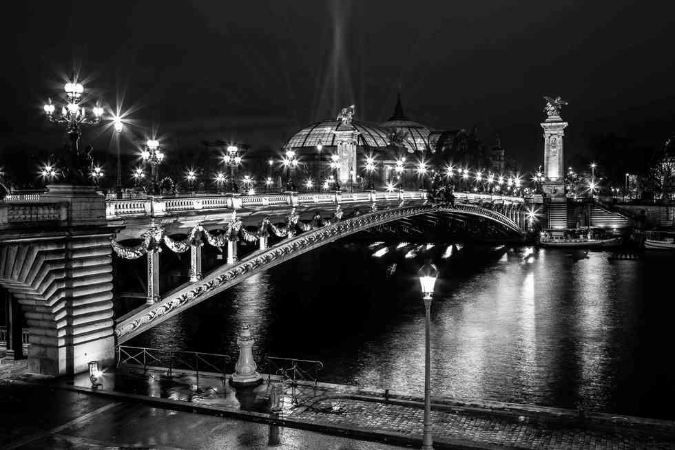 Paris 23h