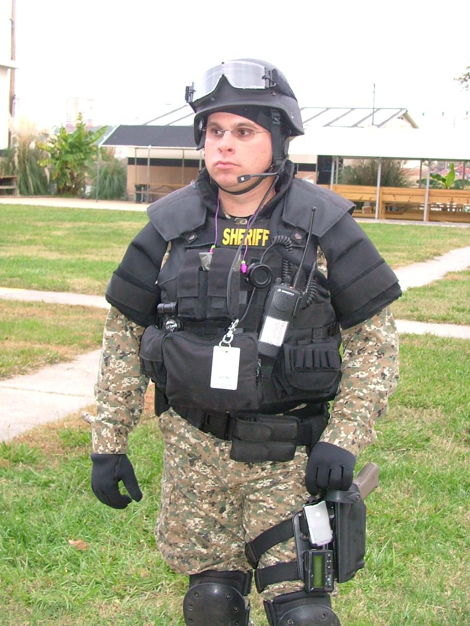 SWAT%2010%2013%2007%20033.jpg