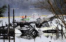 200128-scottsboro-alabama-boat-fire-ew-1