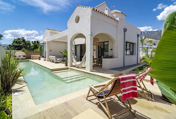 Cozy Modern Villa Located on Marbella Golden Mile