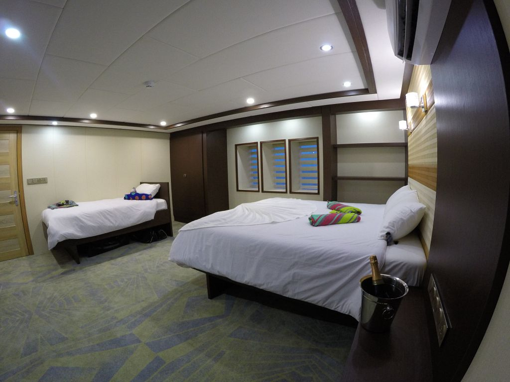 main deck dbl and single bed
